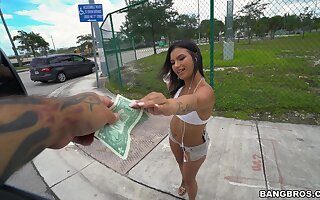 Insolent dame accepts cash for a few rounds be proper of bang omnibus sex