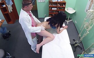 Fantastic hidden cam amateur sex on touching a top brunette