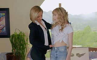 Weirdo lesbian tryst for Jada Stevens and Mackenzie Moss