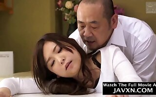 Exciting Japanese Babe Pounded By Neighbor